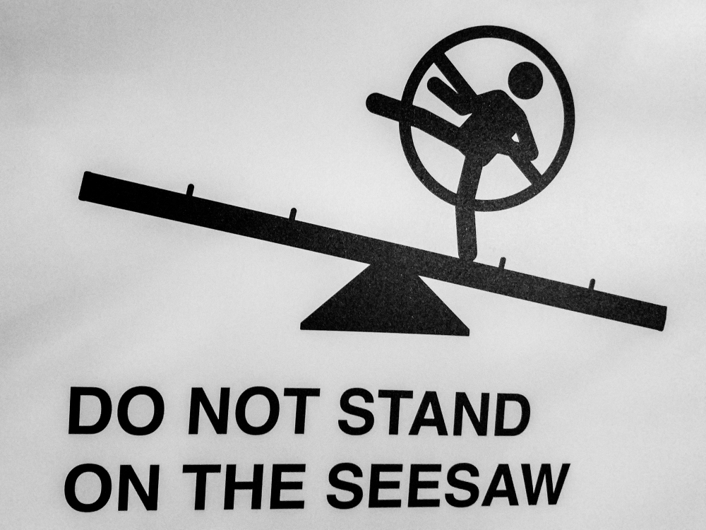 donotstandontheseesaw